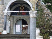 Ιερά Μονή Αγίου Παντελεήμονος, Άγιο Όρος